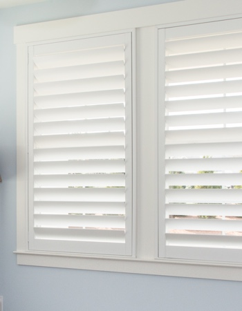 Polywood shutters with hidden tilt rods in Jacksonville