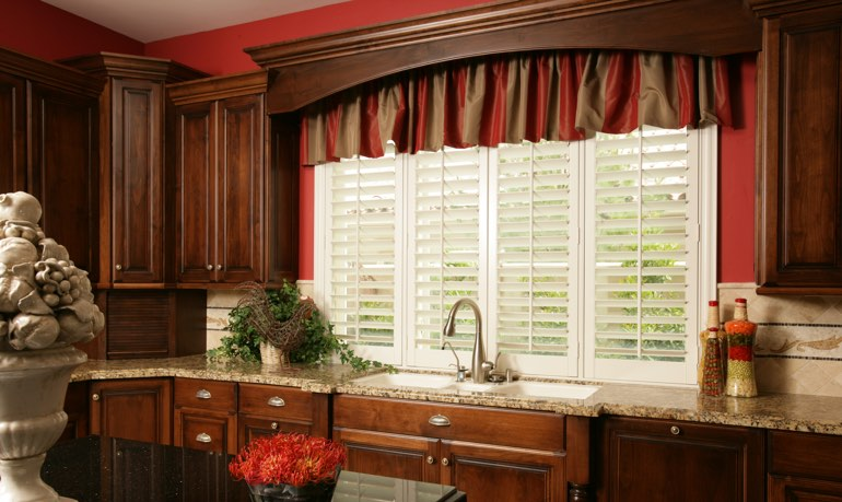 Jacksonville kitchen shutter and cornice valance