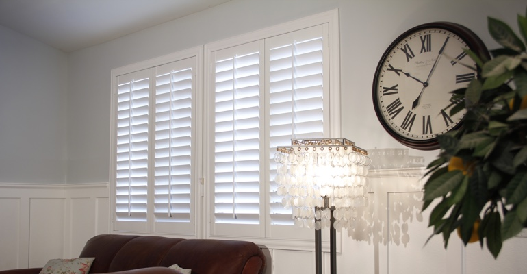 Jacksonville living room white shutters